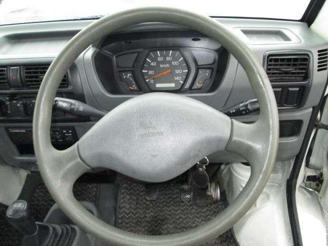 三菱 ミニキャブトラック Vタイプ 4WD 5速マニュアル エアコン