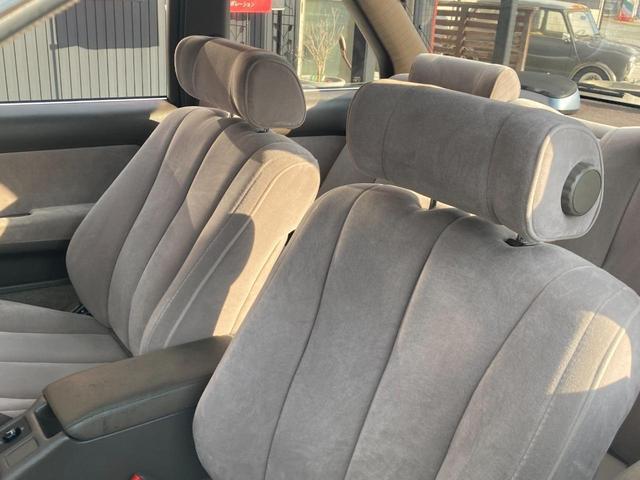 3.0GT ワンオーナー車 取説付き 旧車 DVDナビTV付(8枚目)