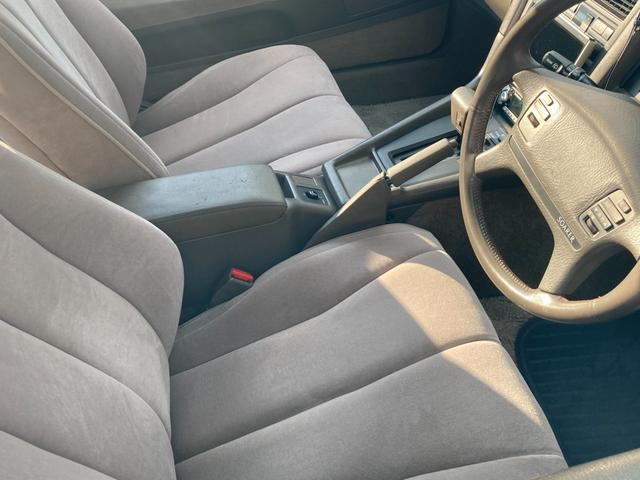 3.0GT ワンオーナー車 取説付き 旧車 DVDナビTV付(16枚目)