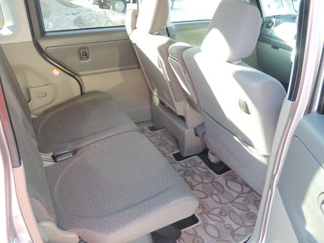 車内のニオイ、汚れも綺麗にしています。