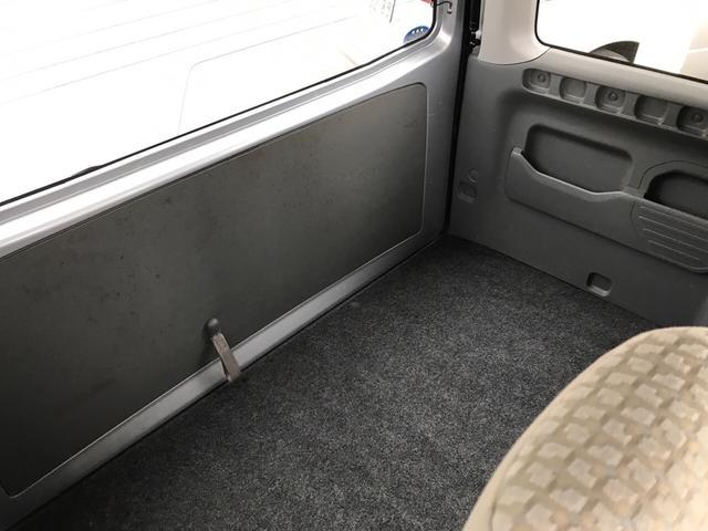 軽自動車 シルバー 5速MT AC 両側スライド キーレス(19枚目)