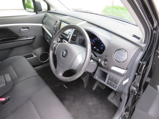 T ワンオーナー ターボ車 ETC ナビ ワンセグTV CD DVD HIDヘッドライト スマートキー AW15インチ 盗難防止システム ベンチシート フルフラット(4枚目)