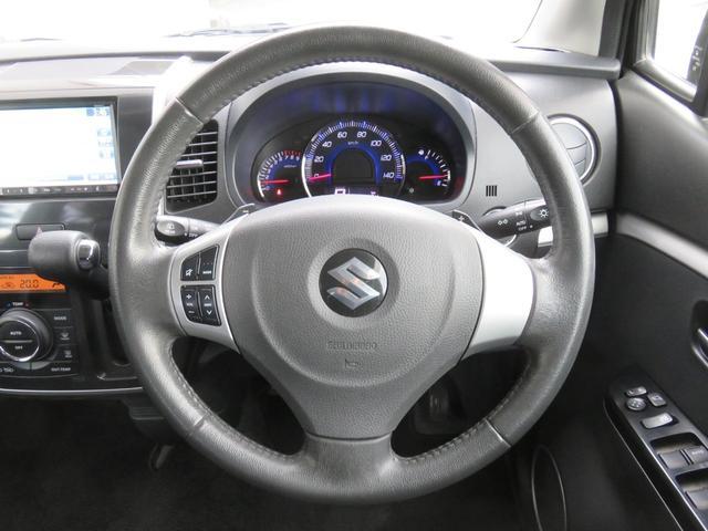 T ワンオーナー ターボ車 ETC ナビ ワンセグTV CD DVD HIDヘッドライト スマートキー AW15インチ 盗難防止システム ベンチシート フルフラット(6枚目)