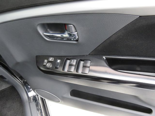 T ワンオーナー ターボ車 ETC ナビ ワンセグTV CD DVD HIDヘッドライト スマートキー AW15インチ 盗難防止システム ベンチシート フルフラット(15枚目)