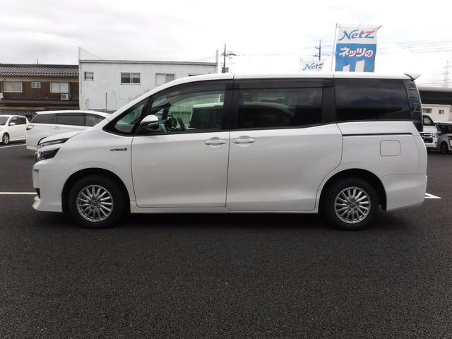 「トヨタ」「ヴォクシー」「ミニバン・ワンボックス」「鳥取県」の中古車18