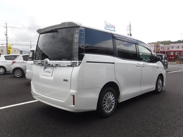 「トヨタ」「ヴォクシー」「ミニバン・ワンボックス」「鳥取県」の中古車19