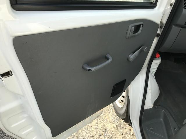 4WD AC PS 5速 10.2万キロ Tベルト交換済(19枚目)