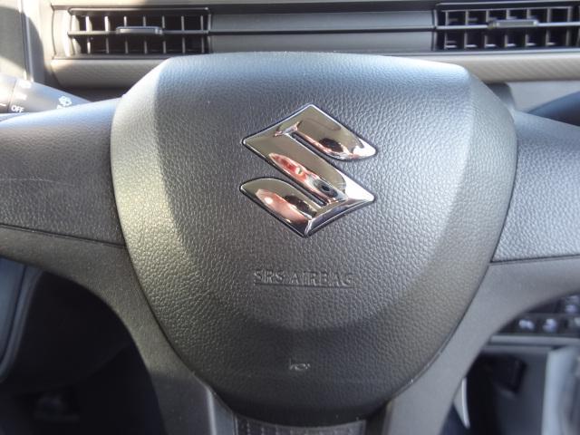 運転席エアバックです。