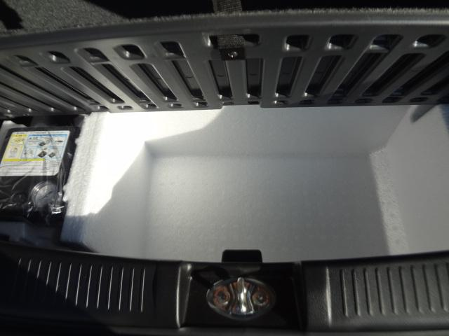 ラゲッジフロアは、荷物を収納できるスペースを確保!