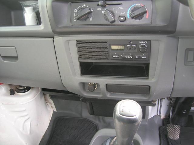 VX-SE 4WD エアコン パワステ 三方開 ラジオ(11枚目)
