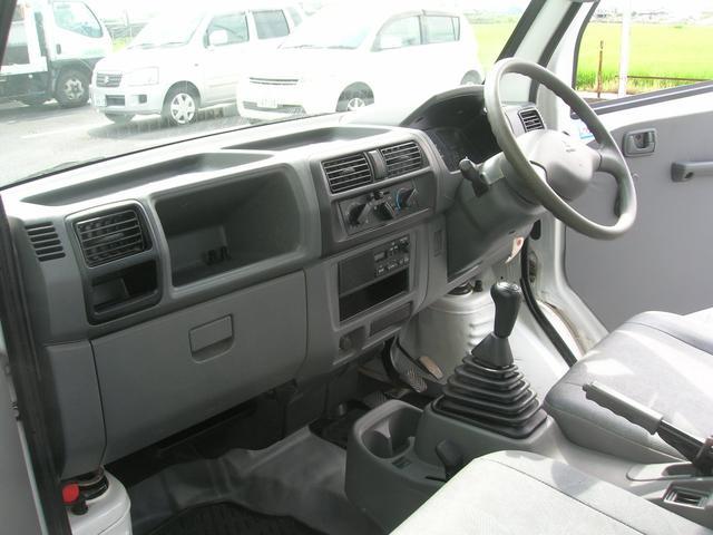VX-SE 4WD エアコン パワステ 三方開 ラジオ(18枚目)