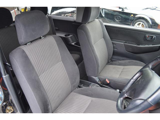 1,000台以上の板金・塗装実績があるダイケンは、今まで培ってきた経験と技術で国産車・輸入車に問わず安心の仕上がり品質をお約束します。他社で修理が厳しいと言われた車もまずはご相談ください!