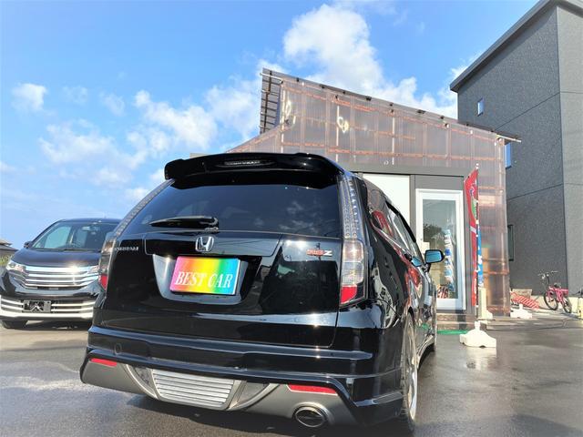 RSZ 4WD 7人乗り HDDナビ 地デジテレビ TV 19インチアルミ 車高調 キーレス ETC サンルーフ ミュージックサーバー スタッドレス付き 車検4年12月まで(8枚目)