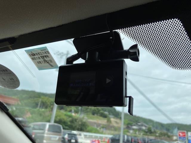 2.0i-Sアイサイト 4WD TVナビ バックカメラ Bluetooth接続可 ドラレコ ETC スマートキー(11枚目)