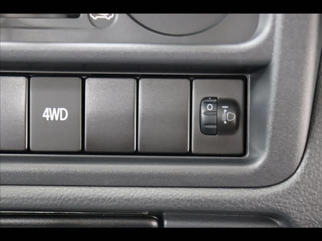 4WDで、力強い走りが可能です♪