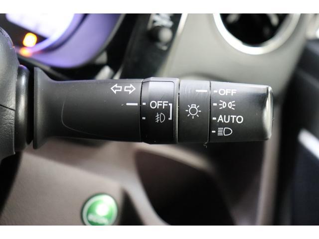 G・ターボパッケージ 純正ナビ フルセグ・CD・DVD・BT・MSV バックカメラ CTBA HIDオートライト フォグライト クルーズコントロール パドルシフト 革巻ステアリング ステアスイッチ ETC(10枚目)