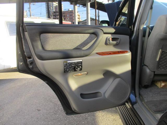 「トヨタ」「ランドクルーザー100」「SUV・クロカン」「広島県」の中古車53
