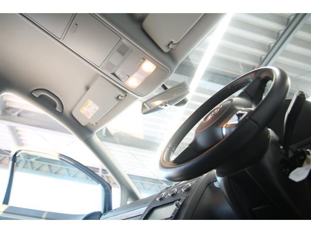「フォルクスワーゲン」「ゴルフトゥーラン」「ミニバン・ワンボックス」「鳥取県」の中古車44