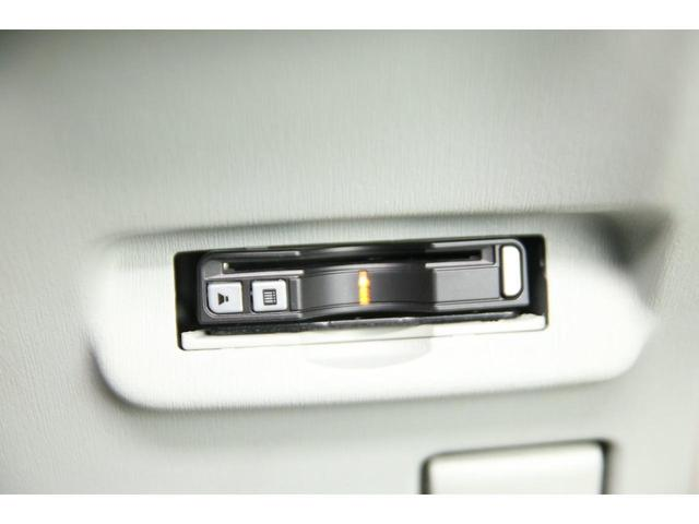S 禁煙車 純正ナビ TV バックカメラ ETC スマートキー キーレスエントリー オートエアコン オートライト HID(8枚目)