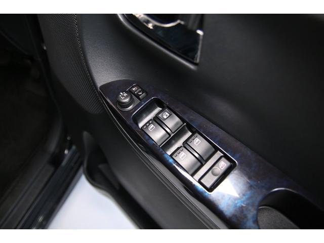 カスタムX トップエディションSAIII 片側パワースライドドア 純正SDナビ Bluetooth フルセグTV バックカメラ シートヒーター スマートキー キーレスエントリー オートマチックハイビーム 衝突軽減システム フォグランプ(11枚目)