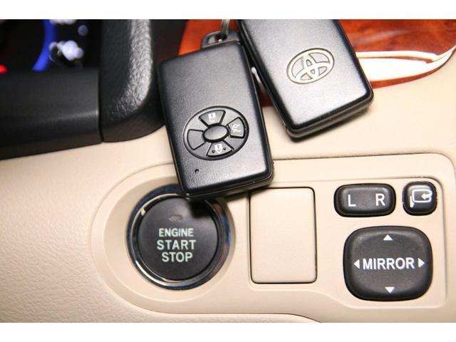 【ステアリングオーディオスイッチ付】オーディオやナビと連動させればハンドル内での操作が可能に。より快適なドライブをお楽しみいただけます♪
