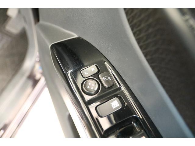 ハイウェイスター アイドリングストップ 禁煙車 片側パワースライドドア ドライブレコーダー SDナビ Bluetooth バックカメラ ETC スマートキー キーレスエントリー オートライト 電動格納ミラー(17枚目)
