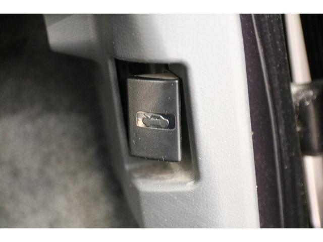 ハイウェイスター アイドリングストップ 禁煙車 片側パワースライドドア ドライブレコーダー SDナビ Bluetooth バックカメラ ETC スマートキー キーレスエントリー オートライト 電動格納ミラー(32枚目)