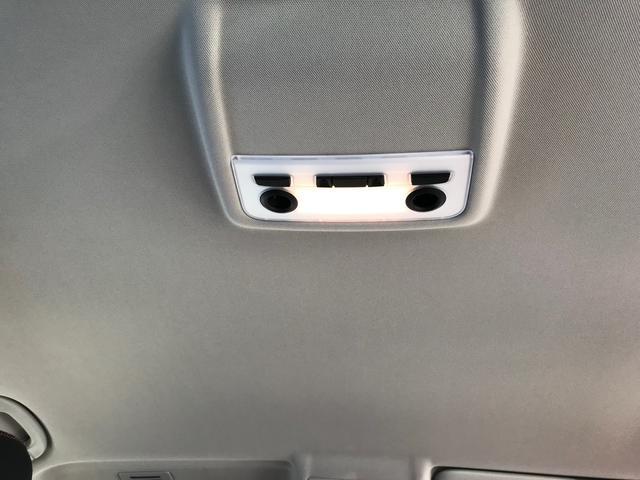 xDrive 20i ナビ 4WD バックカメラ AW(8枚目)