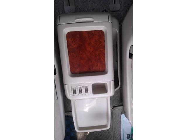 AX トレゾア アルカンターラバージョン HDDナビ 左電動(18枚目)