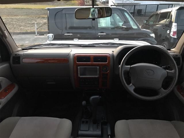TXリミテッド 4WD AW 禁煙車 ワンオーナー 8名乗り(5枚目)