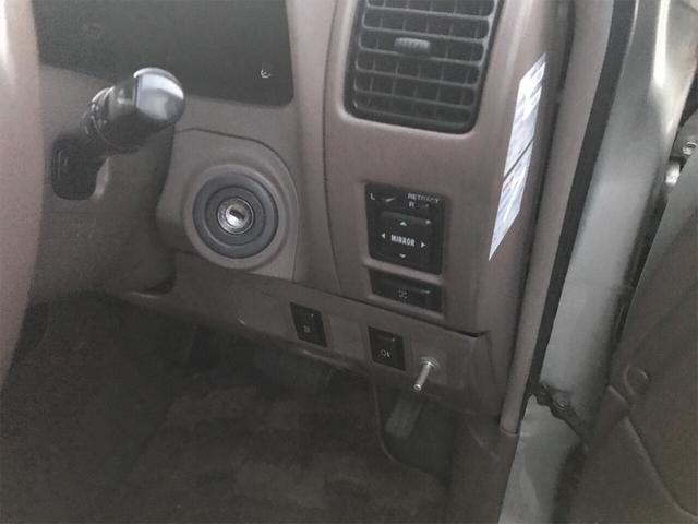 TXリミテッド 4WD AW 禁煙車 ワンオーナー 8名乗り(13枚目)
