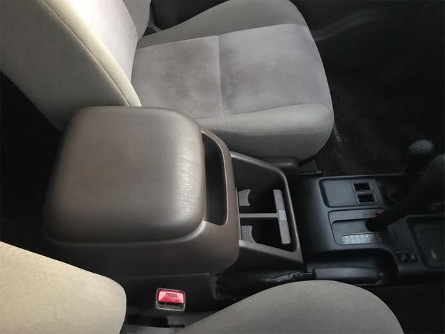TXリミテッド 4WD AW 禁煙車 ワンオーナー 8名乗り(18枚目)