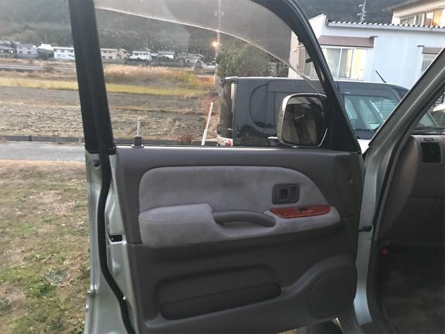TXリミテッド 4WD AW 禁煙車 ワンオーナー 8名乗り(23枚目)