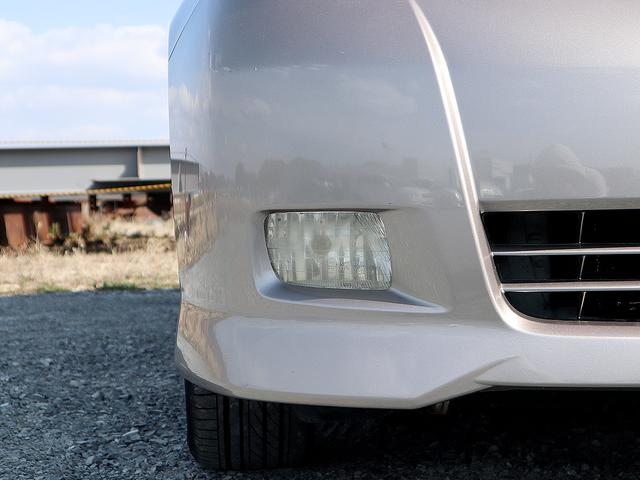 プラタナ Gエディション 禁煙車 両側電動スライドドア メモリーナビ フルセグTV DVD再生 オートエアコン MTモード ETC バックカメラ スマートドアロック 純正アルミホイール 3列シート HIDライト(14枚目)