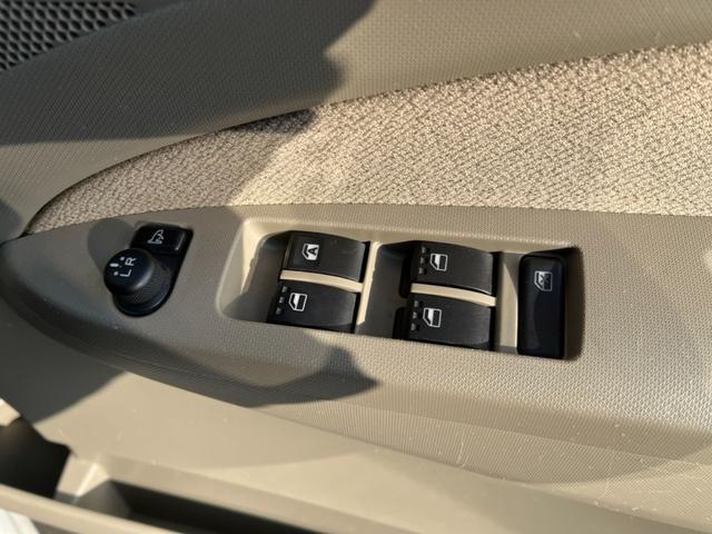 L SA グー鑑定車 修復歴無し 純正ナビ フルセグ ETC バックカメラ キーレス Bluetooth接続 ETC 衝突被害軽減ブレーキ 電動格納ドアミラー エコアイドル ベンチシート 車検令和4年3月迄(24枚目)
