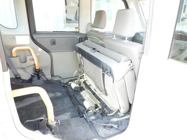 スローパー リヤシート付 福祉車両 フレンドシップシリーズ 左側スライドドア スロープ 電動固定 アイドリングストップ(17枚目)