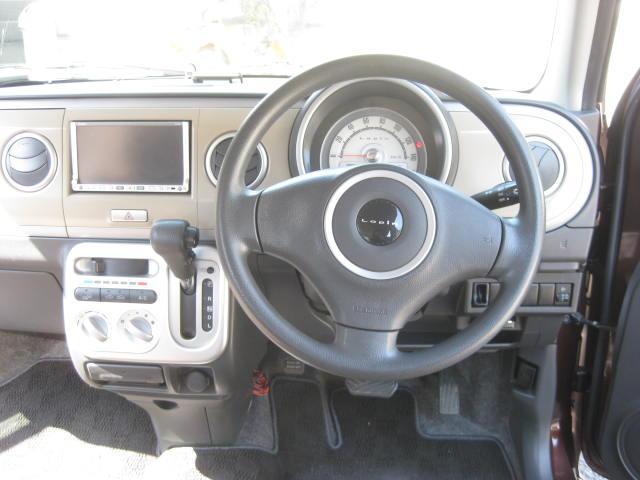 X 4WD キーフリー タイミングチェーン 1年保証付き 社外ナビ シートヒーター CD ETC タイヤ4本新品交換 純正アルミホイル 室内清掃 フル装備(10枚目)