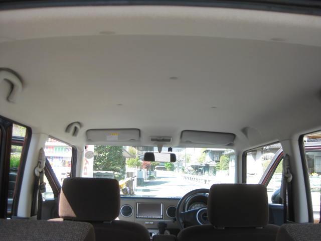 X 4WD キーフリー タイミングチェーン 1年保証付き 社外ナビ シートヒーター CD ETC タイヤ4本新品交換 純正アルミホイル 室内清掃 フル装備(25枚目)