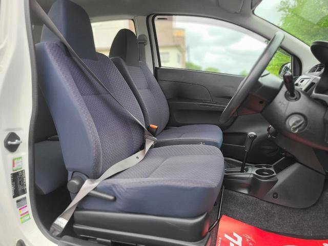 フロントシートも目立つ汚れもなく綺麗です!