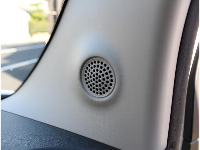 フロントピラーには純正ツィータースピーカーが標準装備です。