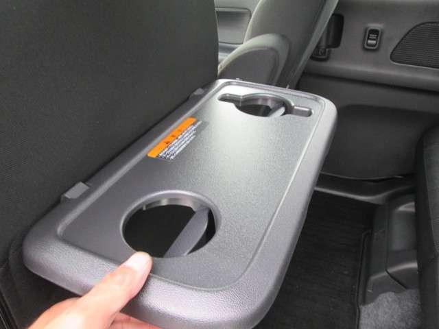 安心のディーラー車!アフターフォローは全国対応です。お近くの日産ディーラーで保証対応可能です。安心度が違いますね〜♪