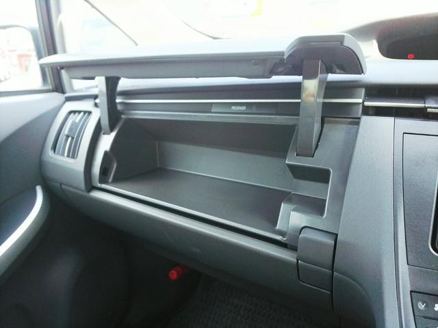 「トヨタ」「プリウス」「セダン」「広島県」の中古車43