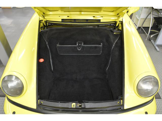 911カレラ2タルガ D車 保証書 記録簿8枚 オリジナル車(15枚目)