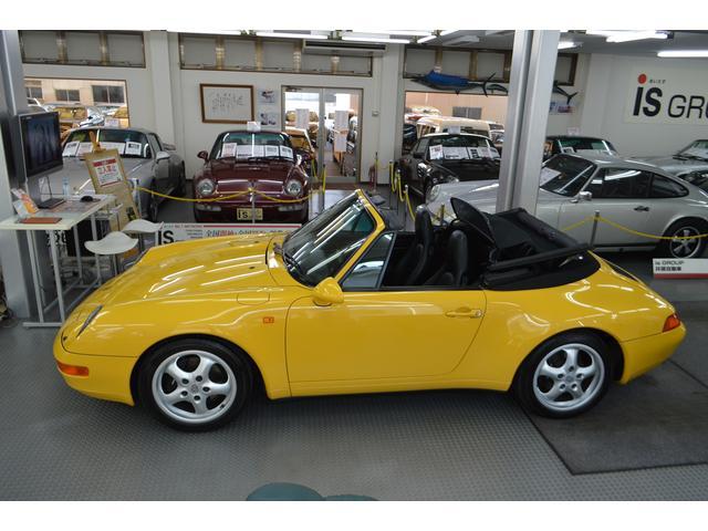 911カレラ カブリオレ オリジナル車 D車 保証書 記録簿(3枚目)