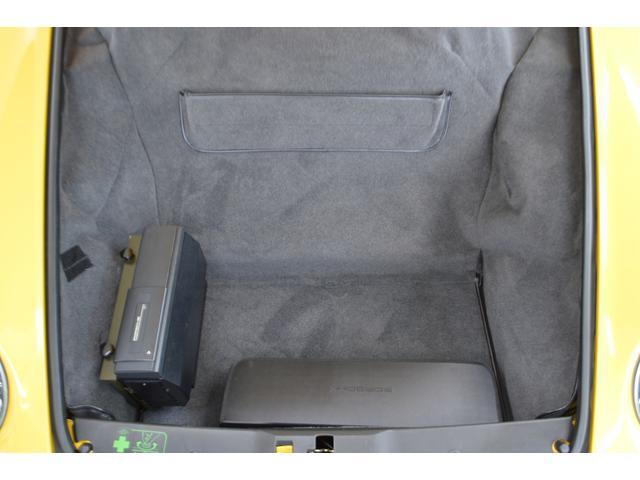 911カレラ カブリオレ オリジナル車 D車 保証書 記録簿(13枚目)