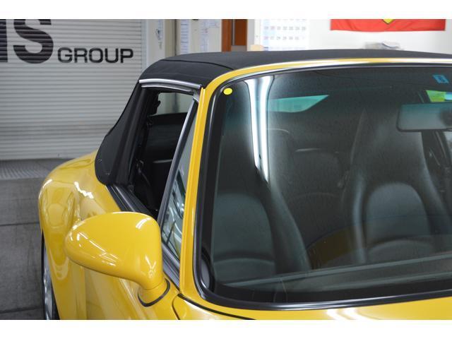 911カレラ カブリオレ オリジナル車 D車 保証書 記録簿(18枚目)