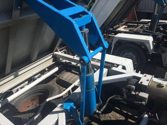 スズキ キャリイトラック 4WD ダンプ エアコン パワステ