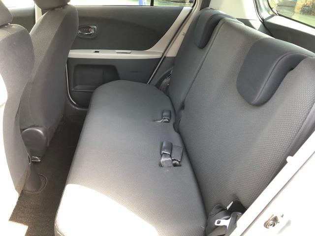 後部座席内装全体