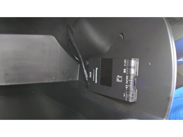 X サイドリフトアップシート車(14枚目)