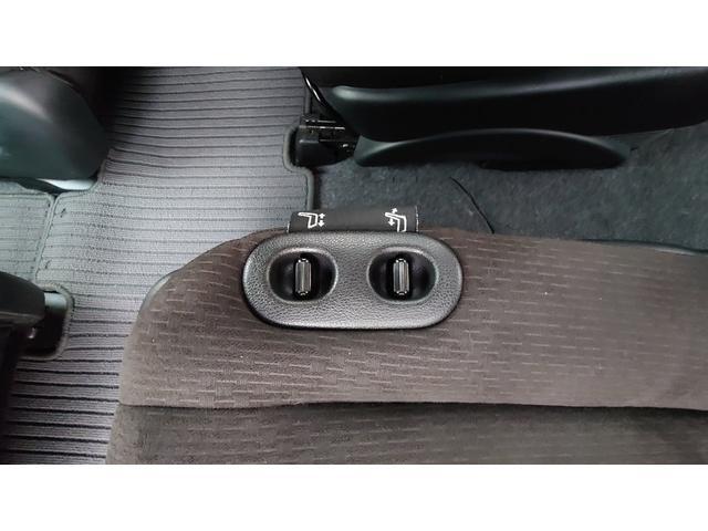 X サイドリフトアップシート車(26枚目)